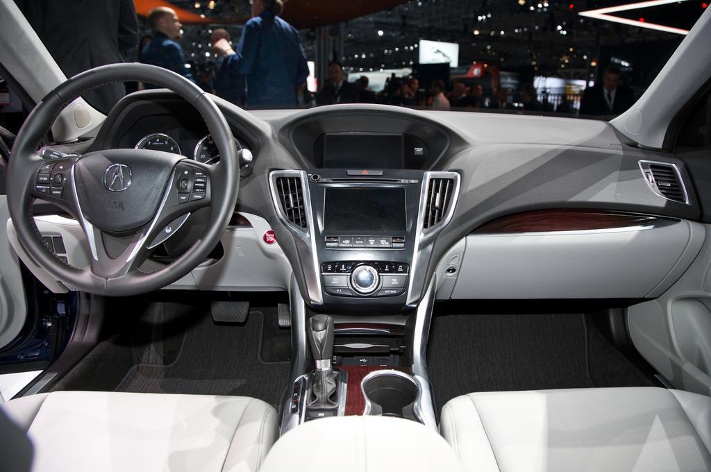 2015 Acura TLX Interior and Dashboard