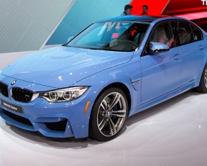 2015 BMW M3 Side Front End