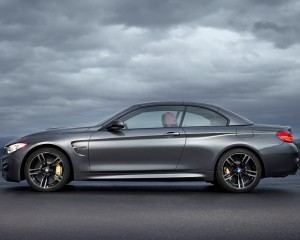 2015 BMW M4 Convertible Side Design Top-Up