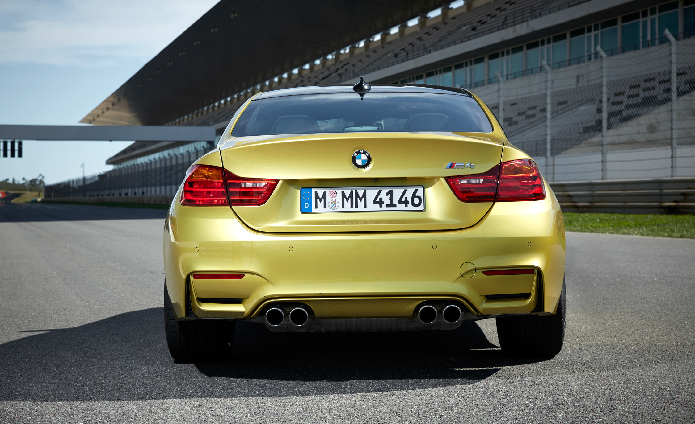2015 BMW M4 Coupe Exterior Rear End
