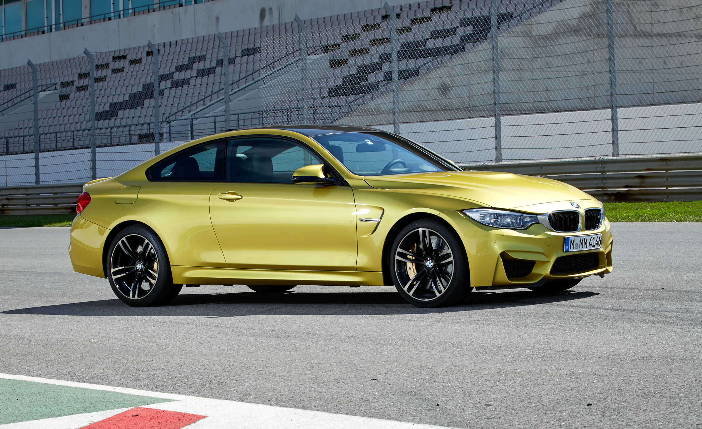 2015 BMW M4 Coupe Exterior Side and Front