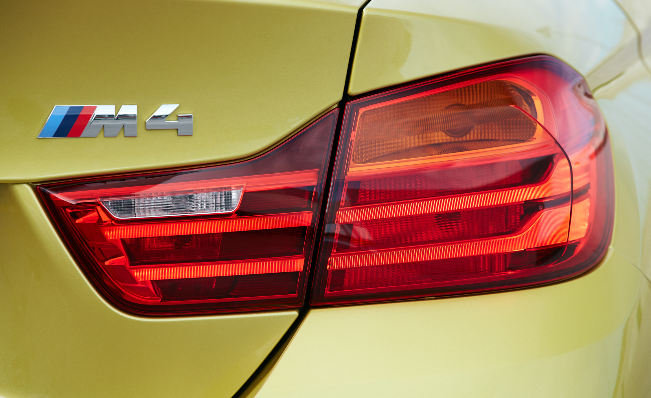 2015 BMW M4 Coupe Exterior Taillight