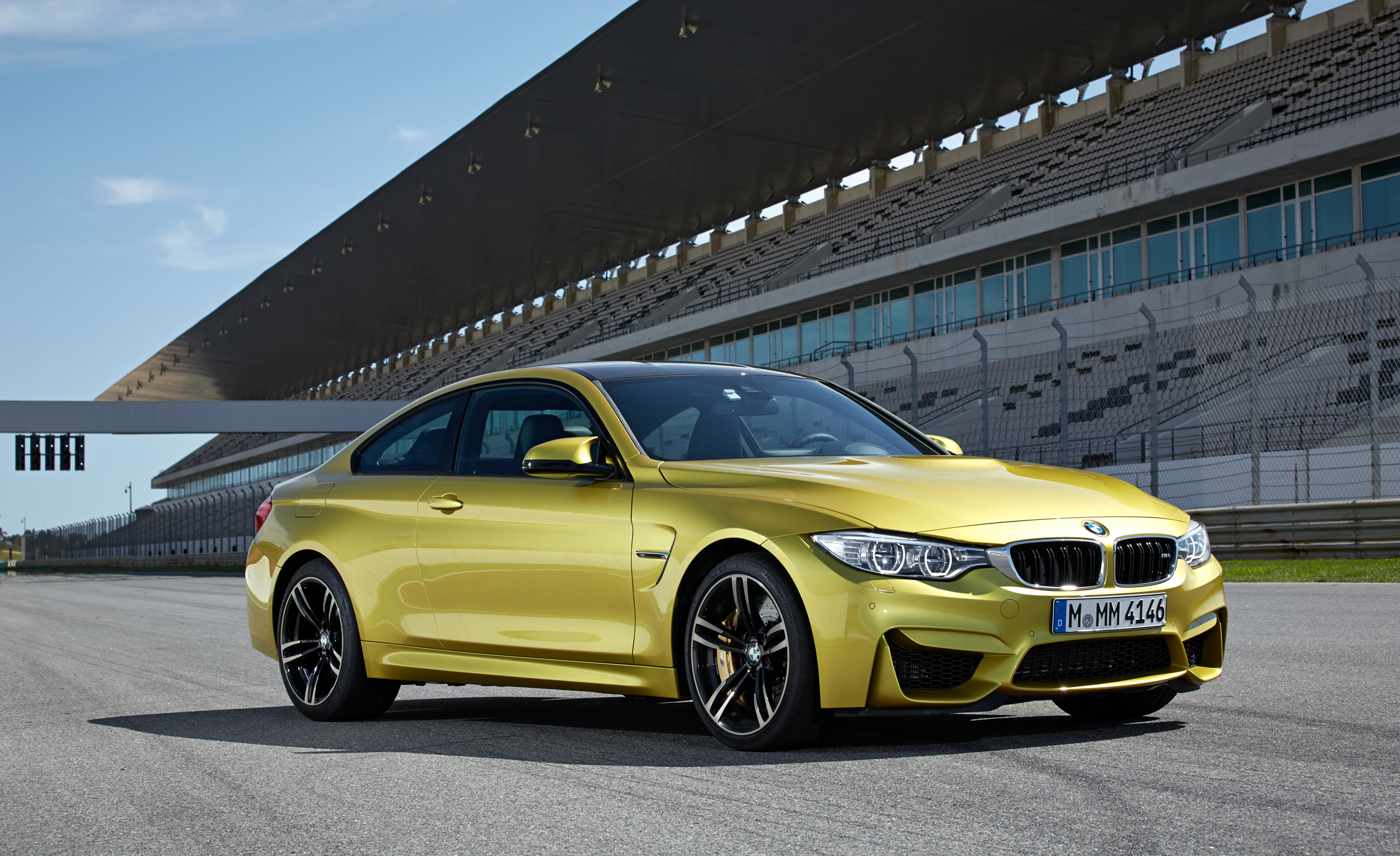 2015 BMW M4 Coupe Exterior