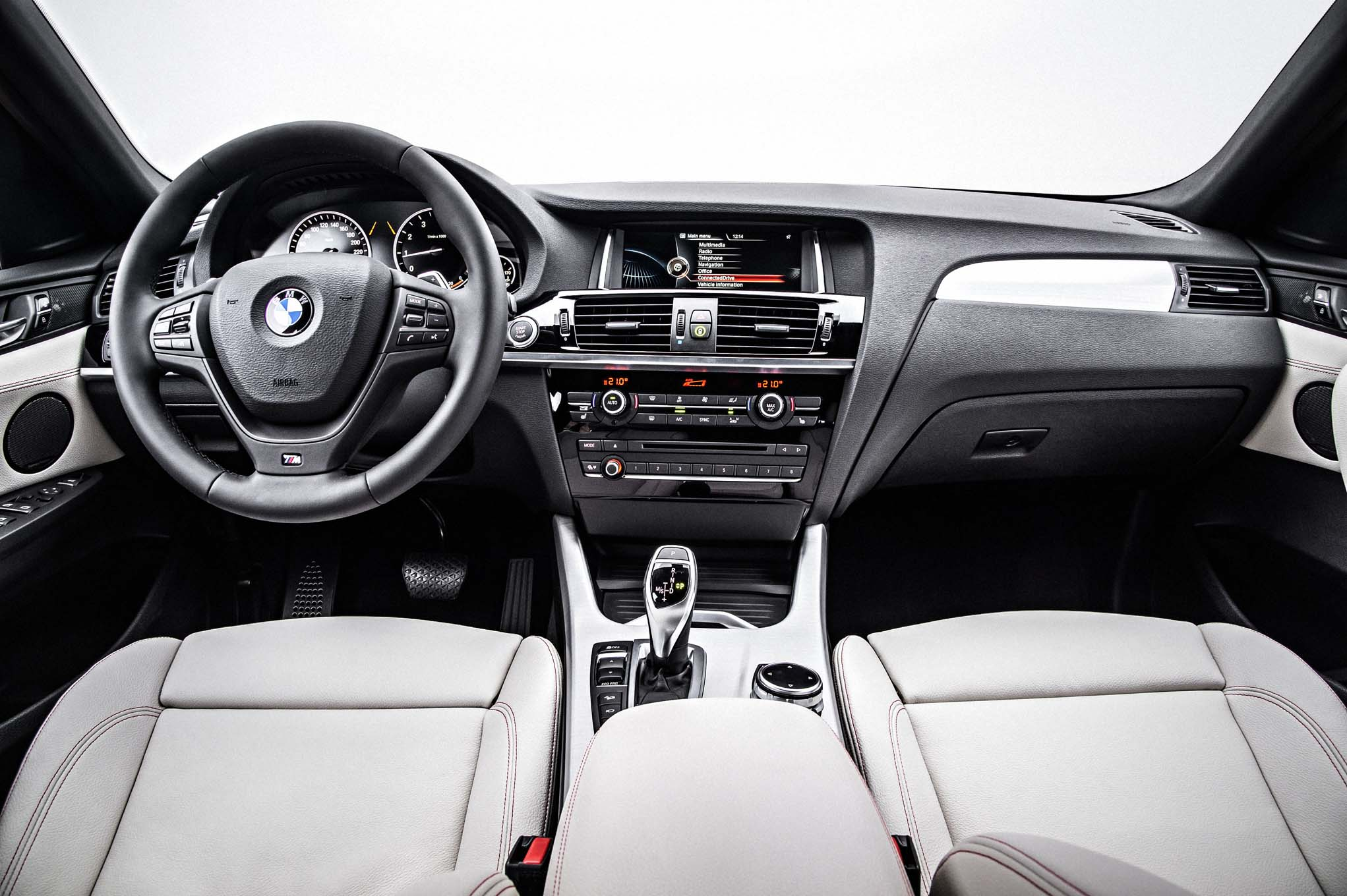 2015 BMW X4 Dashboard and Cockpit
