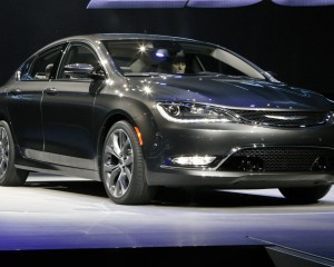 2015 Chrysler 200 Auto Show