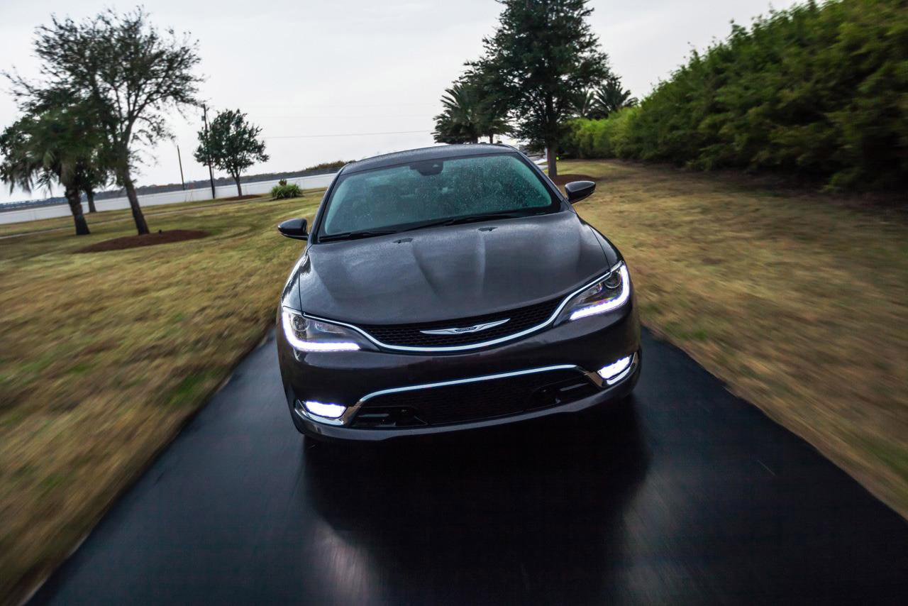 2015 Chrysler 200 Performance