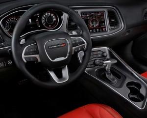 2015 Dodge Challenger Cockpit Steer