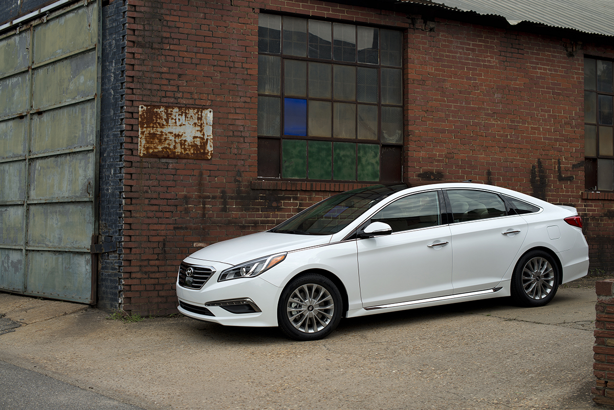 2015 hyundai sonata white 705 cars performance reviews and test drive. Black Bedroom Furniture Sets. Home Design Ideas