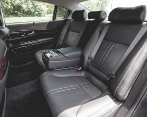 2015 Kia K900 Interior Rear Passenger Seats