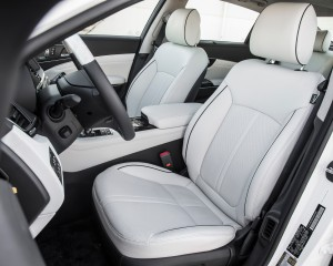 2015 Kia K900 Luxury Front Seats