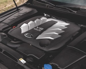 2015 Kia K900 5.0-Liter V-8 Engine