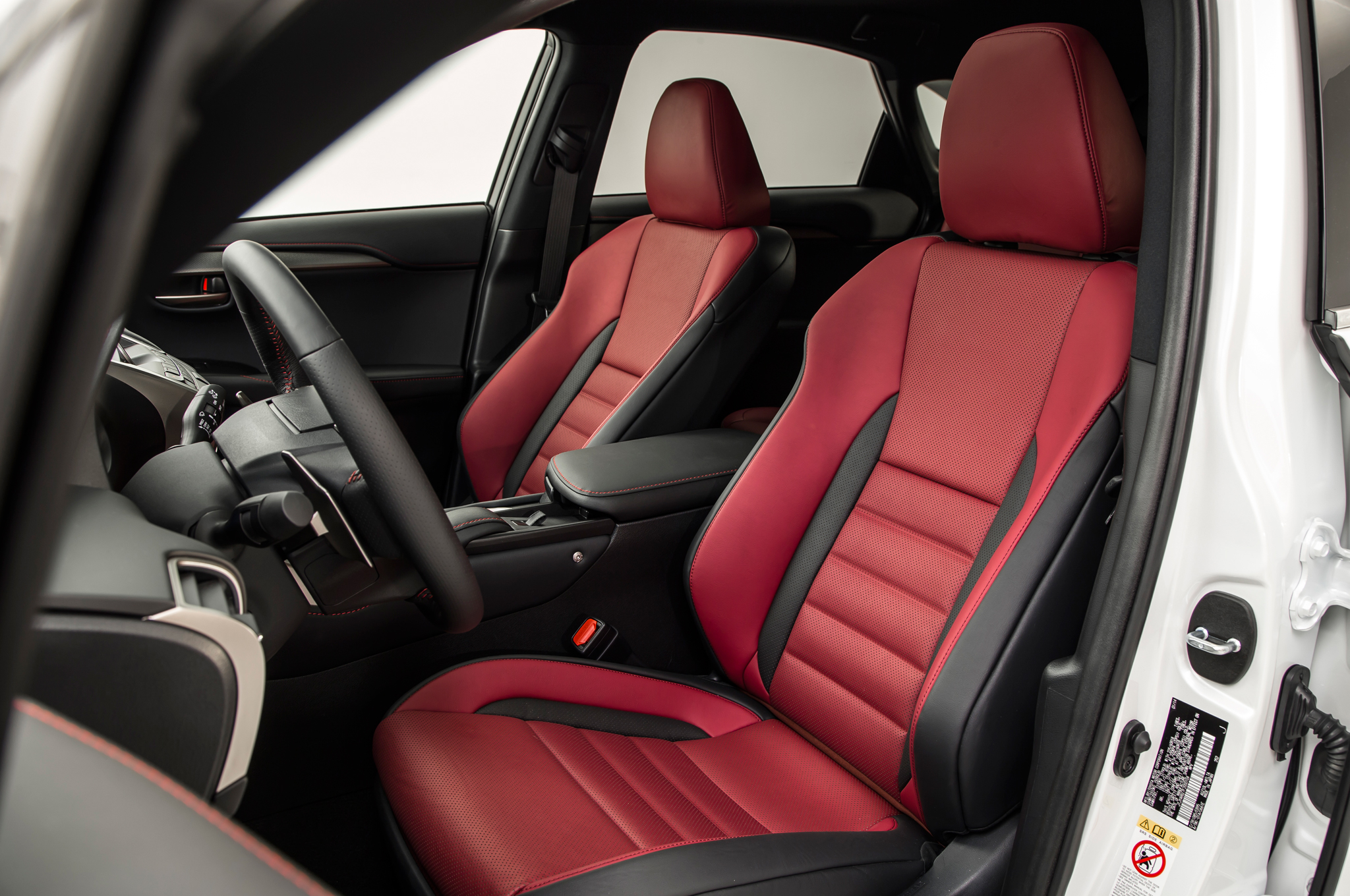 2015 lexus nx front seats interior 803 cars performance reviews and test drive. Black Bedroom Furniture Sets. Home Design Ideas