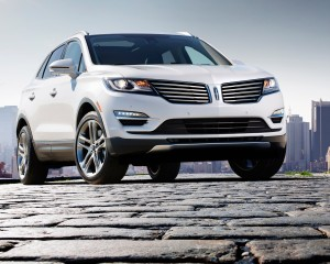 2015 Lincoln MKC Front End Profile