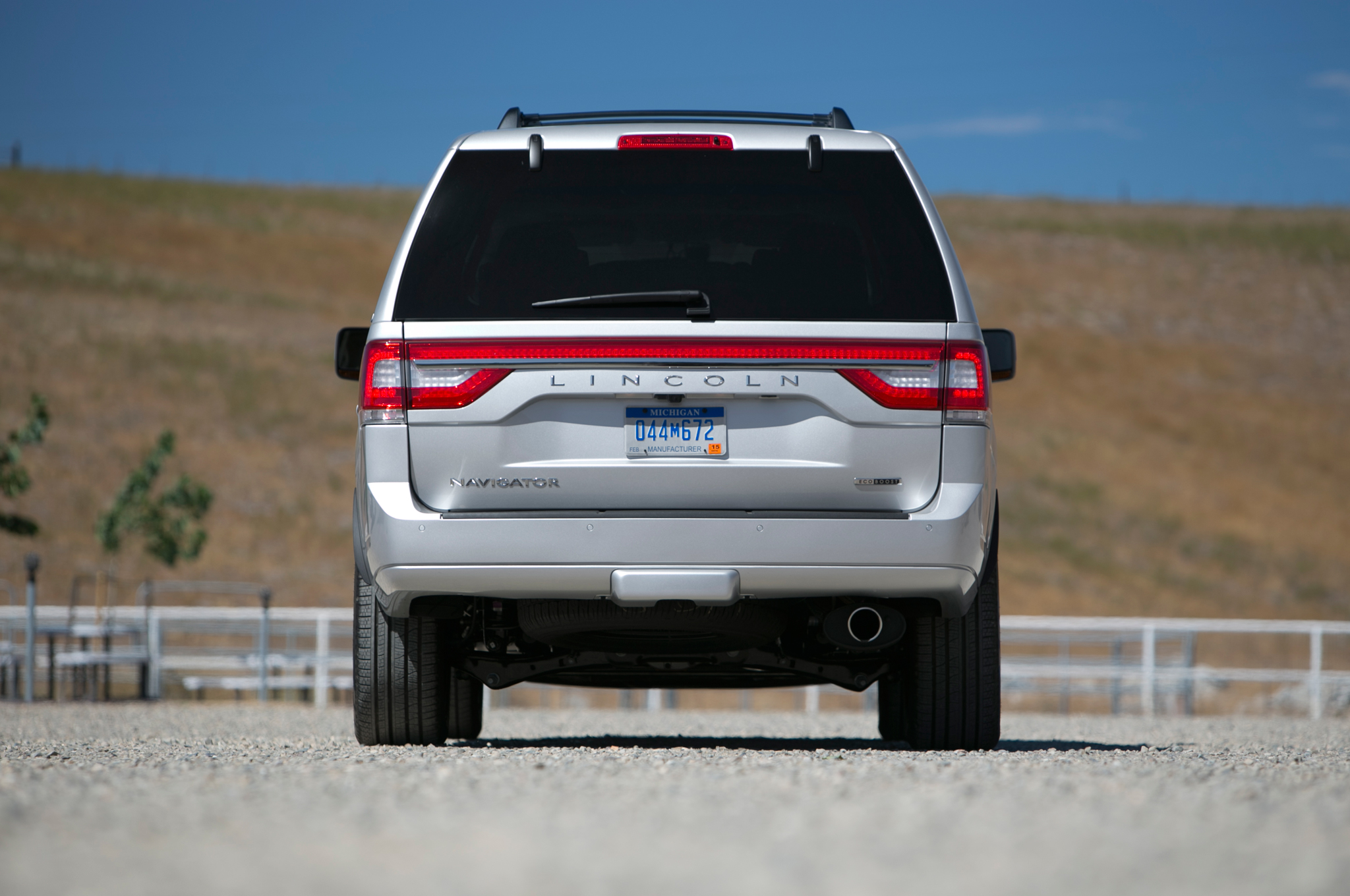 2015 Lincoln Navigator Rear Design