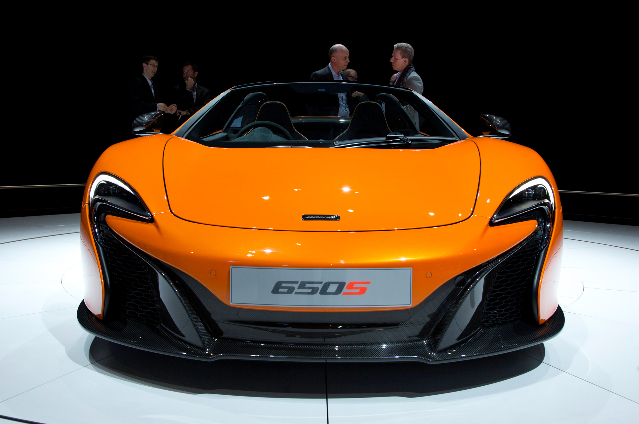 2015 mclaren 650s changes from 12c type 850 cars performance reviews and test drive. Black Bedroom Furniture Sets. Home Design Ideas