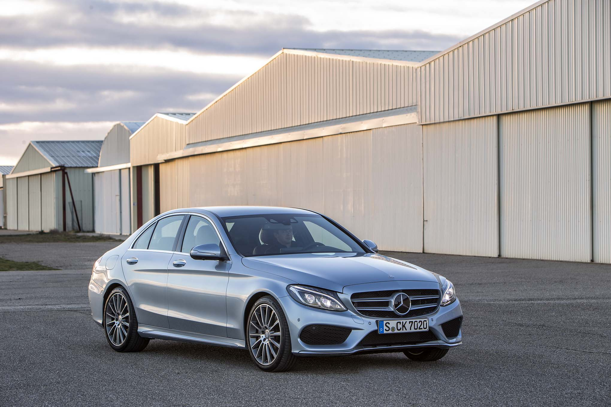 2015-Mercedes-Benz C-Class Photo