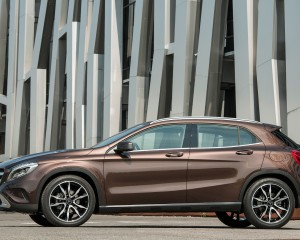 2015 Mercedes-Benz GLA-Class Side Design View