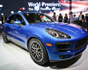 2015 Porsche Macan Front Side View