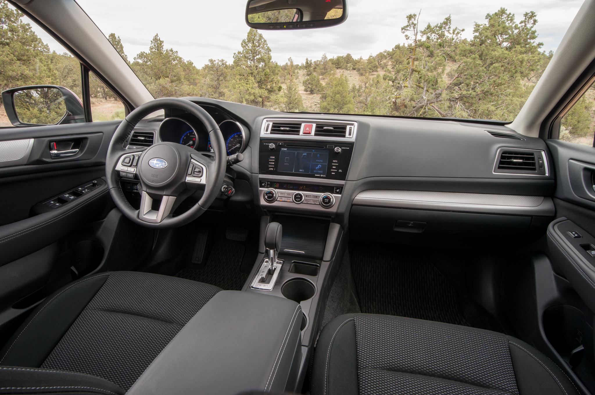 2015 Subaru Outback Interior Dashboard and Cockpit
