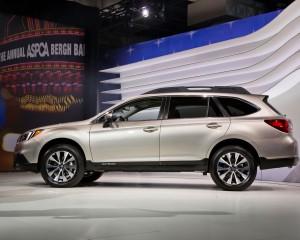 2015 Subaru Outback Side Exterior