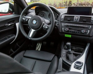 2015 BMW M235i interior