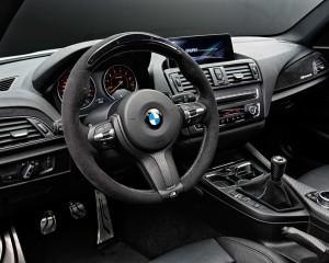 2014 BMW M235i Head Unit and Speedometer