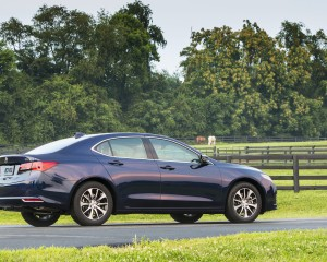 2015 Acura TLX 2.4L Exterior Right Side and Rear