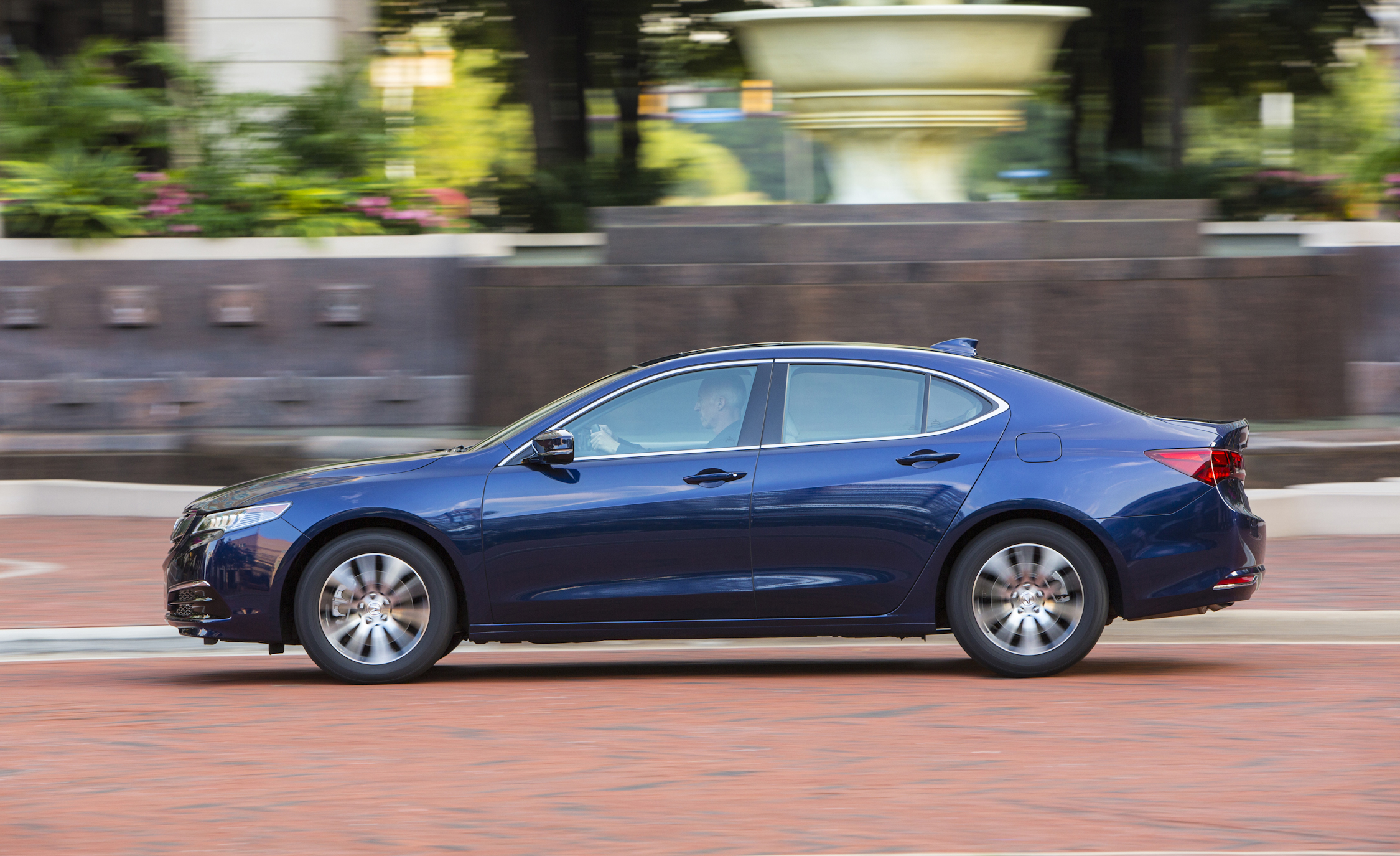2015 Acura TLX 2.4L Test Left Side View