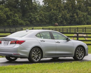 2015 Acura TLX 3.5L SH-AWD Exterior Side and Rear