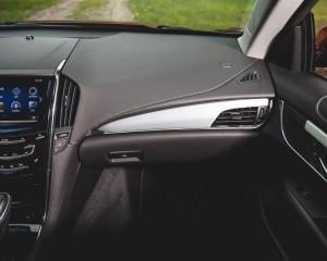 2015 Cadillac ATS Coupe Right Dash Photo