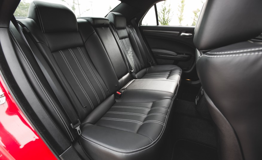 2015 chrysler 300 rear seats interior 1379 cars. Black Bedroom Furniture Sets. Home Design Ideas