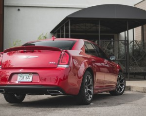 2015 Chrysler 300S Rear Photo