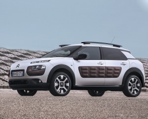 2015 Citroen C4 Cactus Side Preview