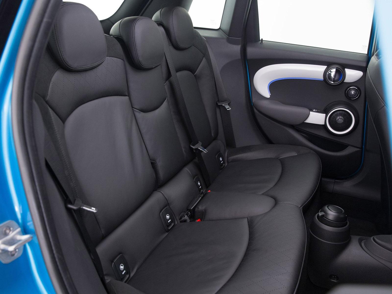 2015 Mini Cooper 5-Door Rear Seats
