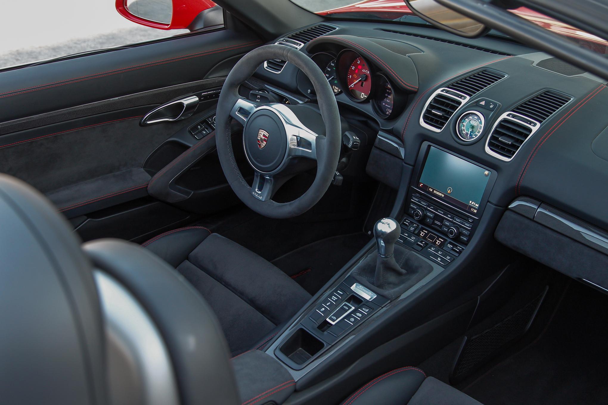 2015 Porsche Boxster GTS Dashboard