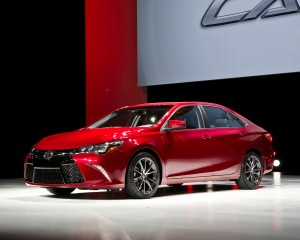 2015 Toyota Camry Red Exterior Profile