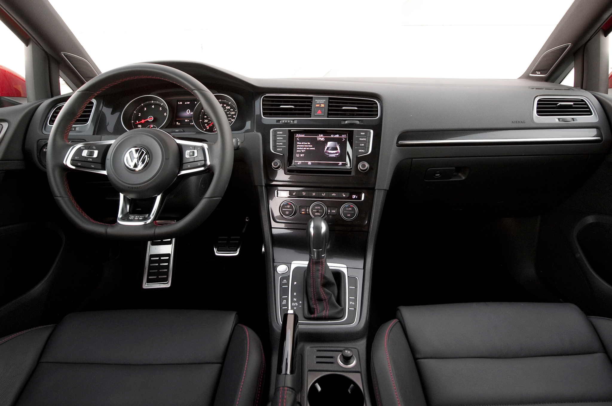 2015 volkswagen golf gti interior dash and panel 975 cars performance reviews and test drive. Black Bedroom Furniture Sets. Home Design Ideas