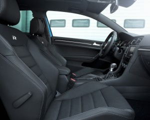 2015 Volkswagen Golf R Front Seats Interior