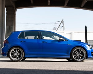 2015 Volkswagen Golf R Side Exterior