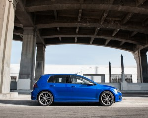 2015 Volkswagen Golf R Side Model