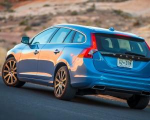 2015 Volvo V60 Rear Side Design Profile