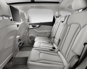 2016 Audi Q7 Rear Seats Interior