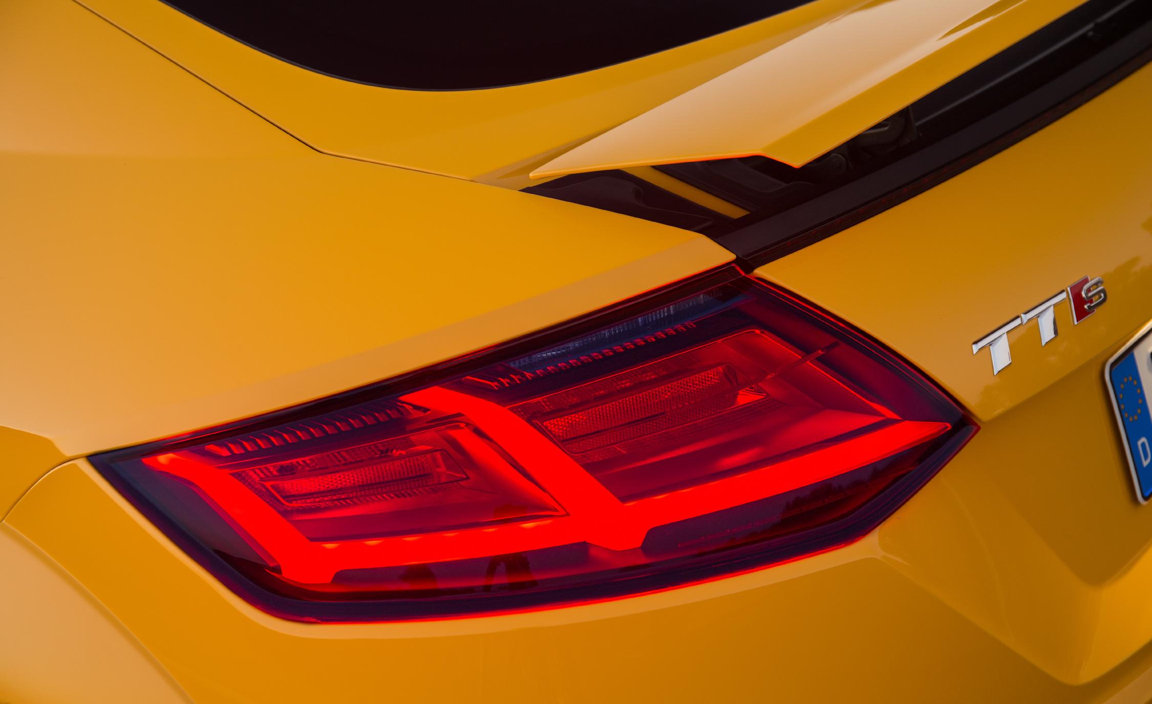 2016 Audi TTS Exterior Taillight