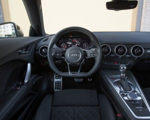 2016 Audi TTS Interior Cockpit Dashboard