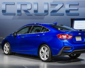 2016 Chevrolet Cruze Rear Side View