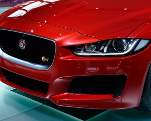 2016 Jaguar XE Front Headlamp