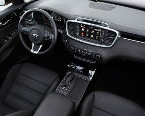 2016 Kia Sorento Front Interior Dashboard