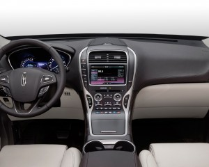 2016 Lincoln MKX Interior and Dashboard