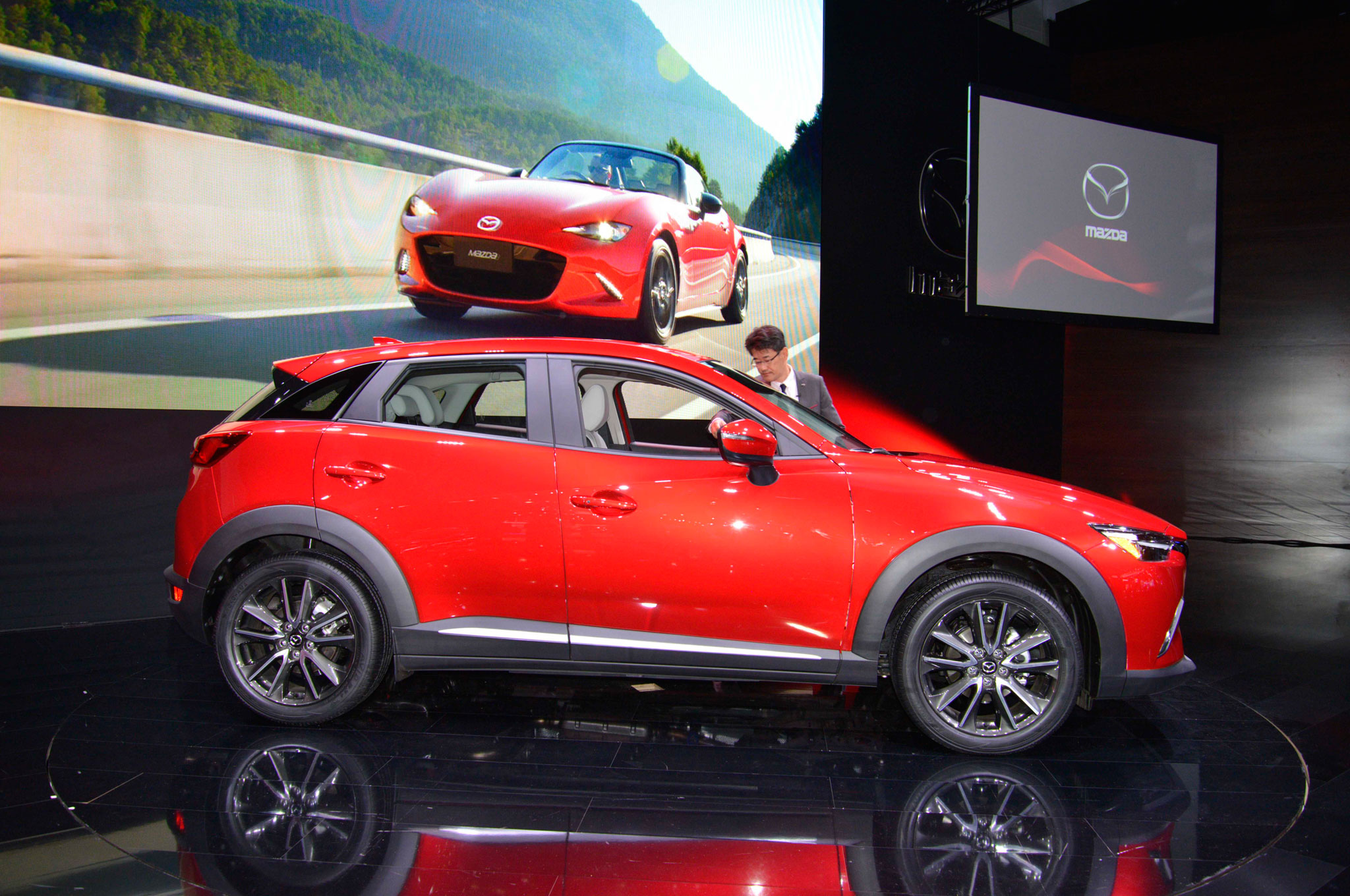 2016 mazda cx 3 preview 1108 cars performance reviews and test drive. Black Bedroom Furniture Sets. Home Design Ideas