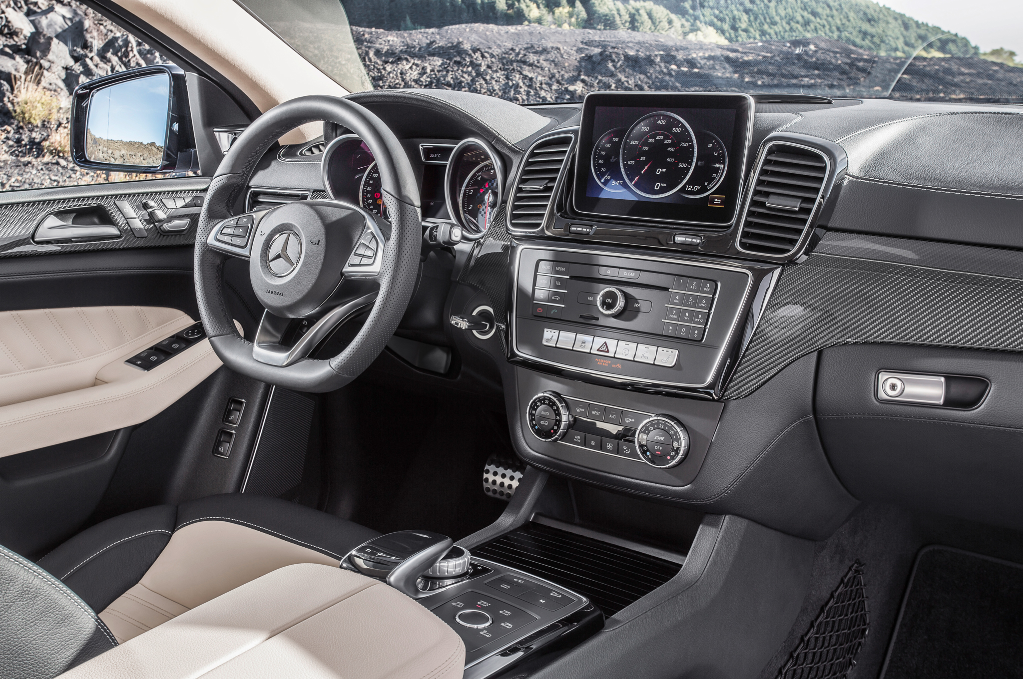 2016 Mercedes Benz AMG GLE63s Coupe Front Interior